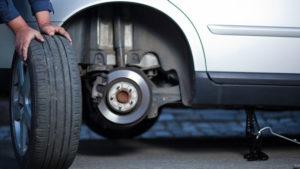 Мобильный шиномонтаж - снятие колеса