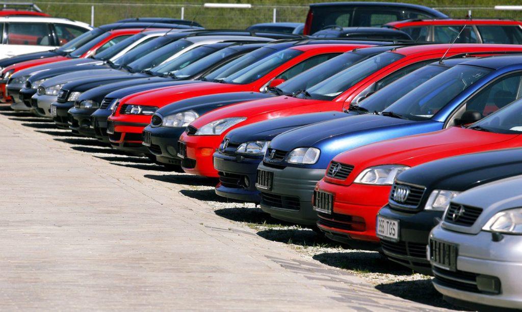 недорогие бу автомобили