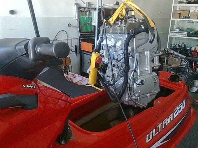 гидроцикл ремонт двигателя